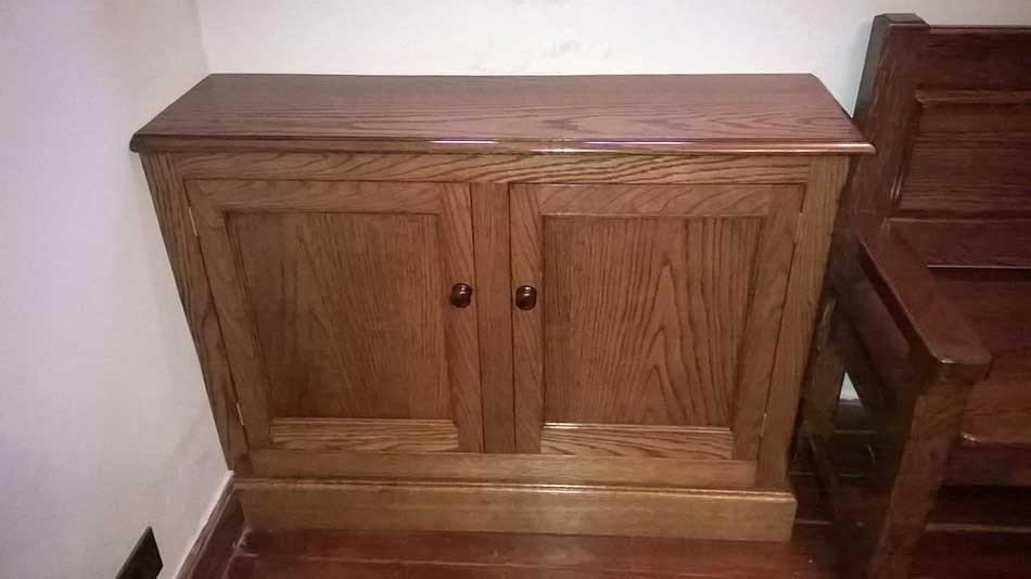 Bench & Cupboard